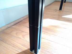 I could hide the seam between the pole and the extension piece at the bottom, but few people will notice it.